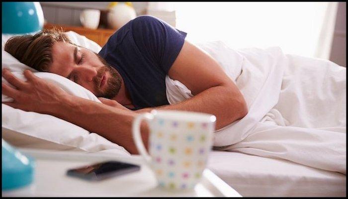 Sleeping Dropshipping Entrepreneur